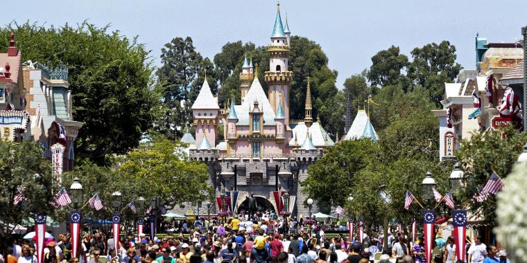 Disney Sales, Profit Top Analyst Views On Ad Rebound