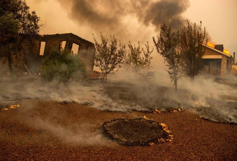 Image: US-CALIFORNIA-FIRE