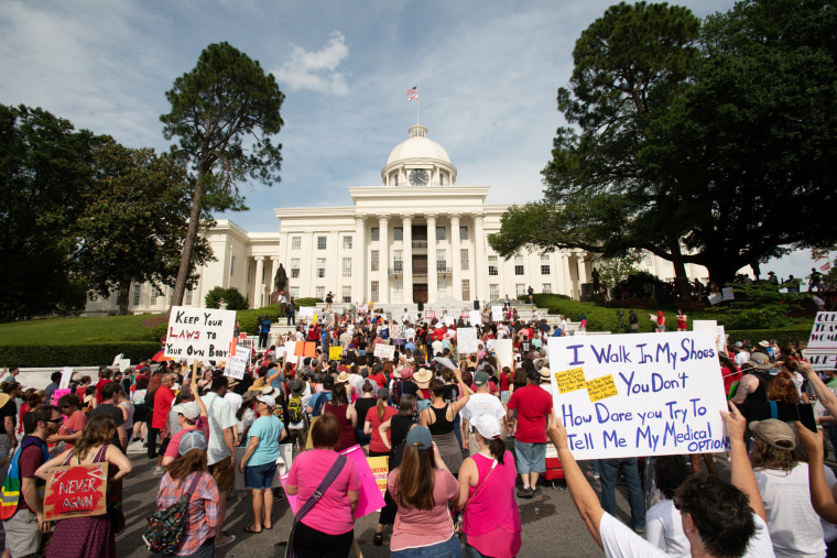 Image: March for Reproductive Freedom in Montgomery