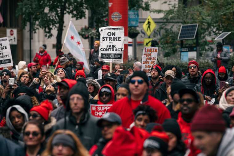 Image: Chicago Teachers Hold Major Rally In Downtown Chicago As Strike Continues