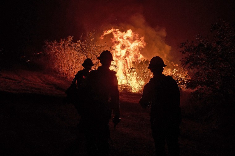 Image: Maria Fire in Simi Valley