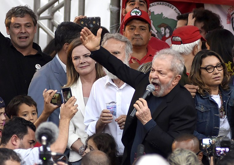 Image: FILE: Former President Of Brazil 'Lula' Da Silva Is Released From Prison BRAZIL-JUSTICE-LULA DA SILVA-RELEASE