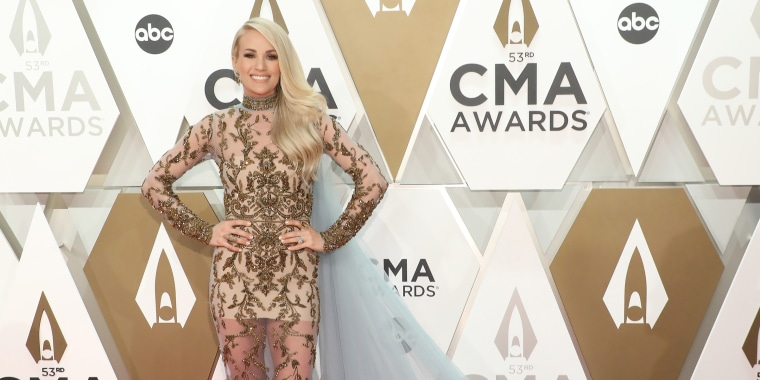 Carrie Underwood rocks CMAs and several gorgeous outfits as host