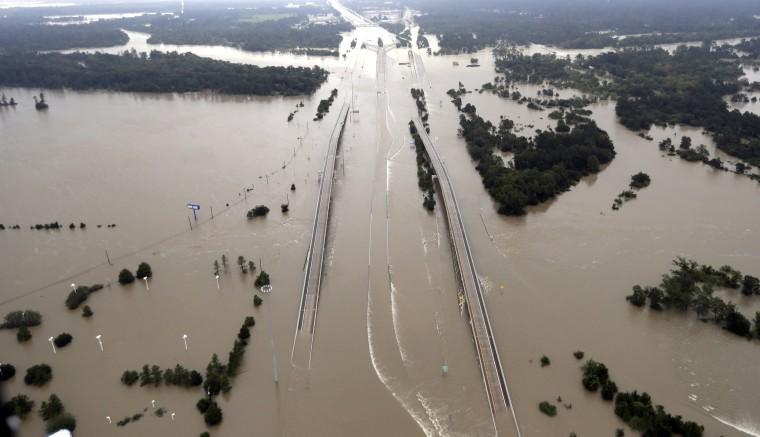 Image: Flooded I-69