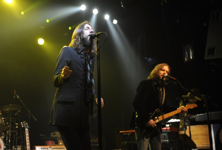 Chris and Rich Robinson of The Black Crowes perform in New York on March 4, 2008.