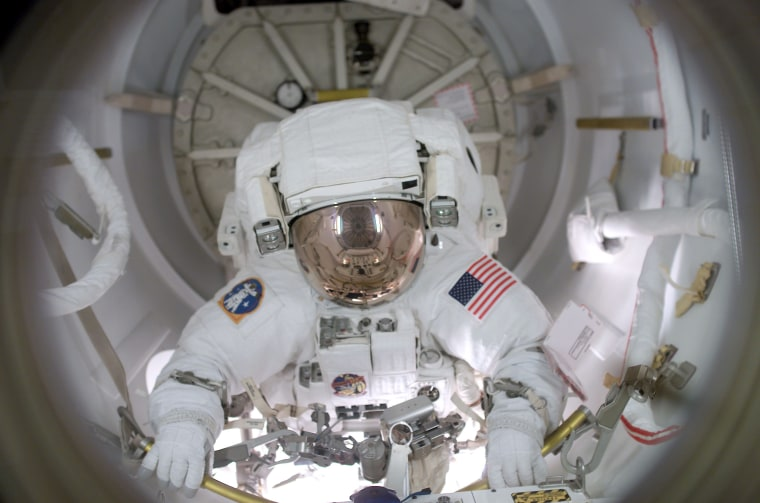 New NASA study finds long-haul danger for astronauts: Blood flow in reverse