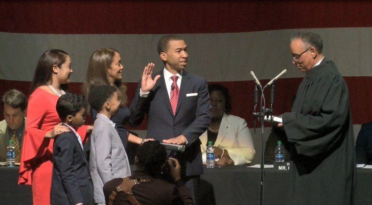 Steven Reed takes office as Montgomery's first African American mayor