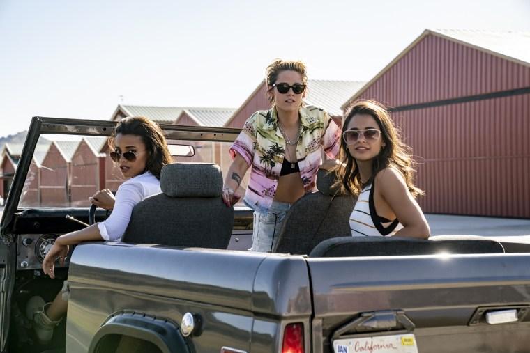 """Image: Ella Balinska, Kristen Stewart and Naomi Scott in \""""Charlie's Angels.\"""""""