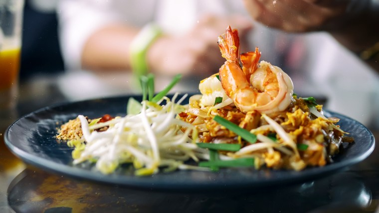 Image: Pad Thai with shrimp and vegetables.