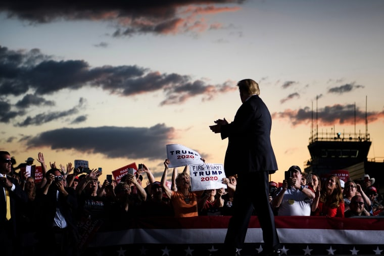 "Image: TPresident Donald Trump thanks supporters during a ""Make America Great Again"" rally in Montoursville, Pa., on May 20, 2019."