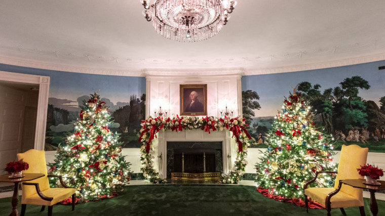 The Diplomatic Reception Room of the White House embellished in Christmas decor.