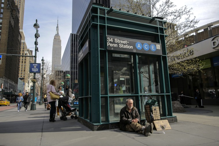 People facing homeless issues in New York