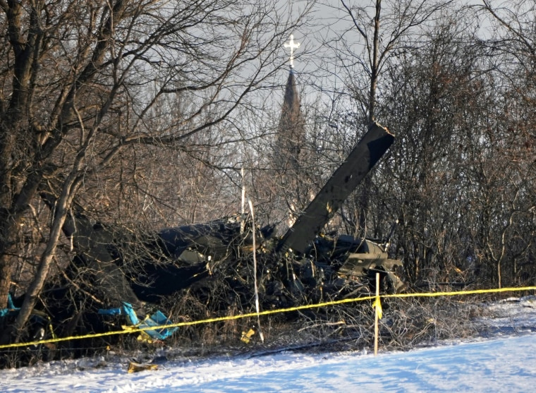 Image: Minnesota National Guard Black Hawk helicopter crashed killing three service members in rural Minnesota