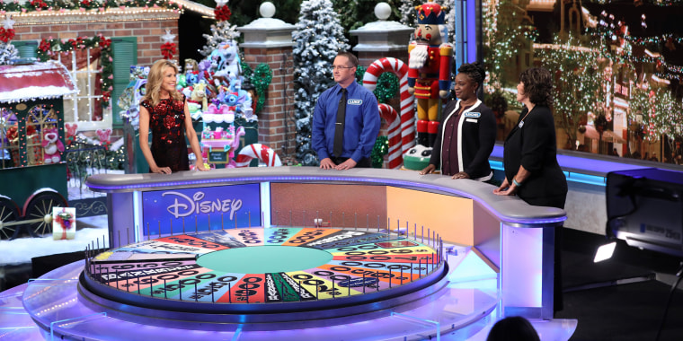 """Vanna White hosts """"Wheel of Fortune"""" solo for the first time in the show's history."""