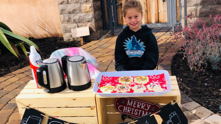 5-year-old's cocoa stand helps pay fellow students' lunch debt