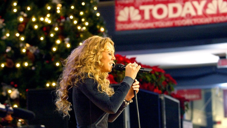 Mariah Carey performs live on TODAY at the Mall of America on Dec. 11, 2002 in Bloomington, Minn.