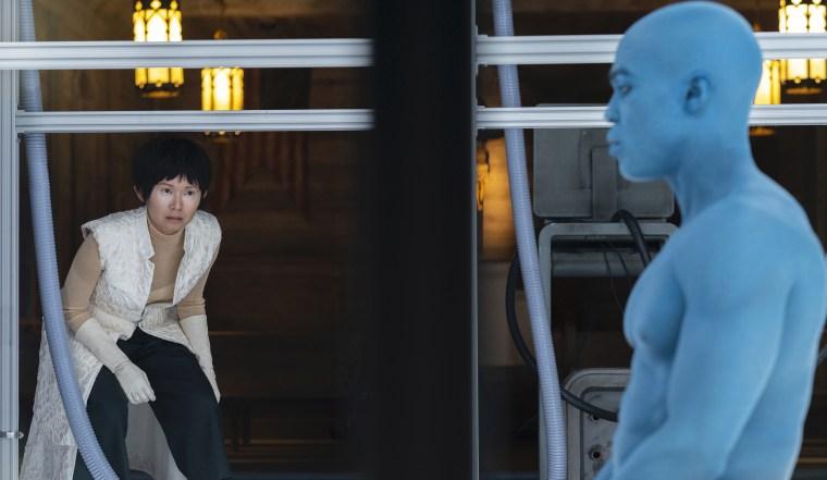"Hong Chau and Yahya Abdul-Mateen II in the the \""Watchmen\"" series finale."