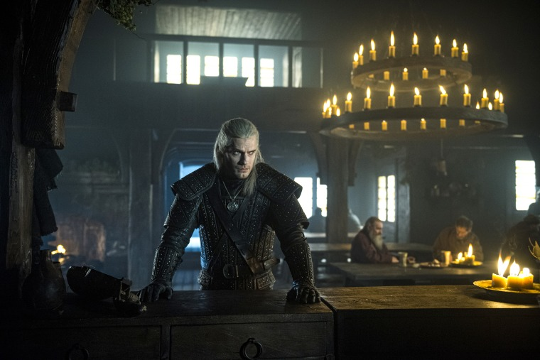 Geralt of Rivia, a solitary monster hunter, struggles to find his place in a world where people often prove more wicked than beasts.