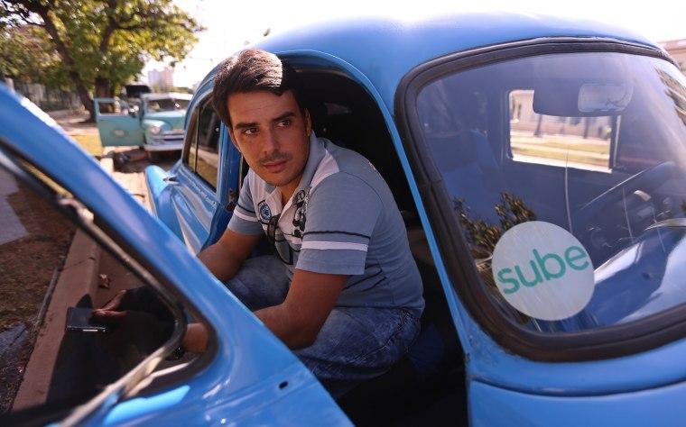 Image: Cuba Sube App Travel