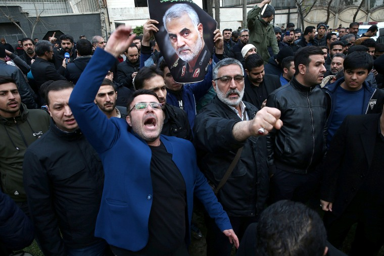Image: Protest against the assassination of Iranian Major-General Soleimani in front of United Nation office in Tehran