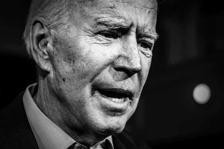 Image: Joe Biden Campaigning in New Hampshire