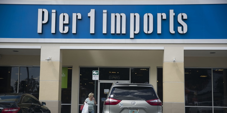 Pier 1 Imports to hold liquidation sales, close nearly half of all stores