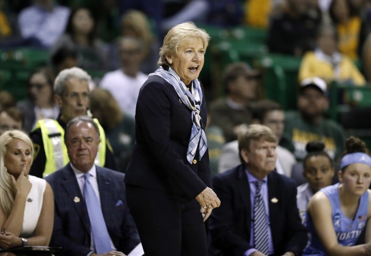 Image: North Carolina head coach Sylvia Hatchell instructs her team in the second half of a first round women's college basketball game in the NCAA Tournament in Waco