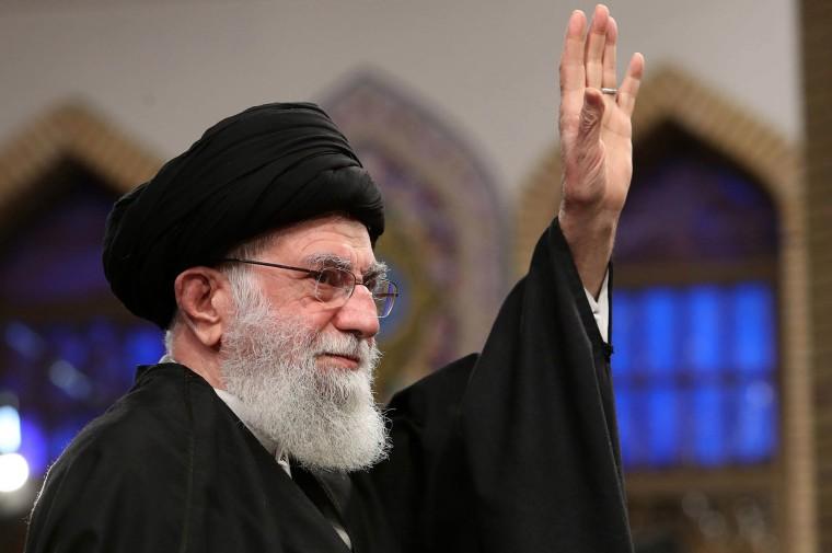 Image: Iran's Supreme Leader Ayatollah Ali Khamenei addressing a meeting in Tehran on Jan. 8, 2020.
