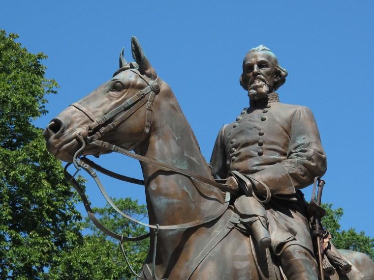 Image: Confederate Gen. Nathan Bedford Forrest Statue