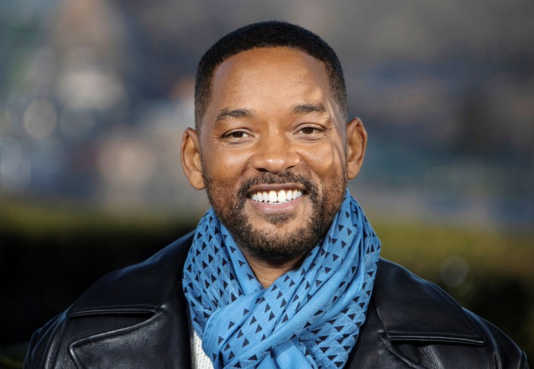Will Smith shares touc...