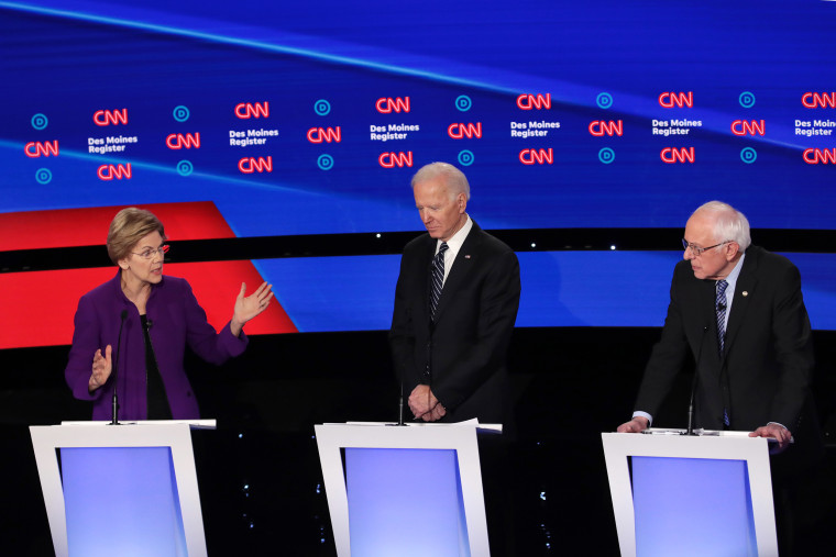 Image: Democratic Presidential Candidates Participate In Presidential Primary Debate In Des Moines, Iowa
