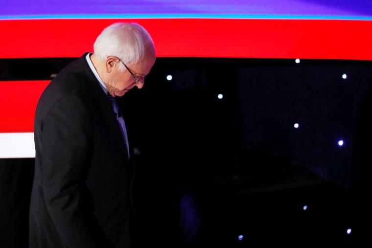 Image: Democratic 2020 U.S. presidential candidate Senator Bernie Sanders walks offstage during a break in the seventh Democratic 2020 presidential debate at Drake University in Des Moines