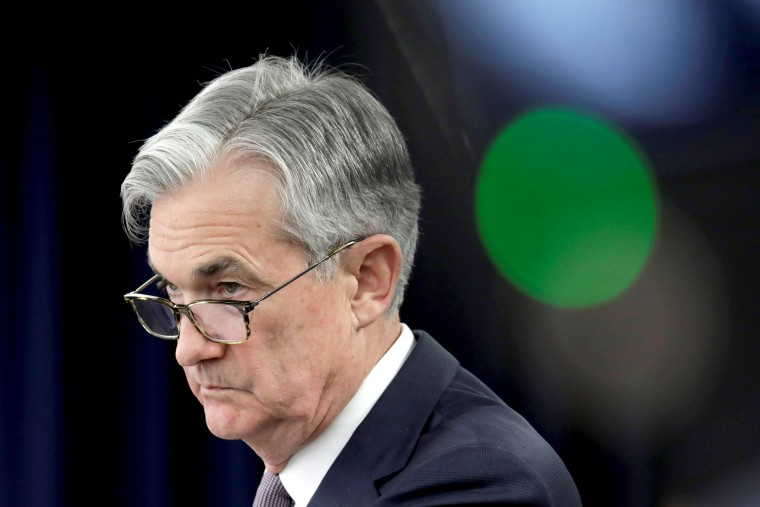 Image: Jerome Powell holds a news conference in Washington