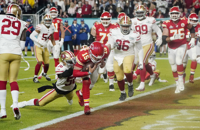 Image: AMFOOT-NFL-SUPERBOWL-LIV-CHIEFS-49ERS
