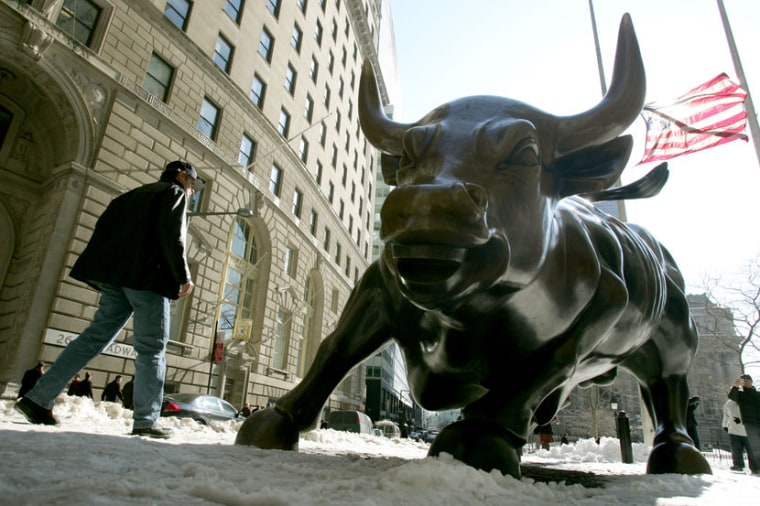 Image: bronze 'Charging Bull' sculpture that symbolizes Wall Street
