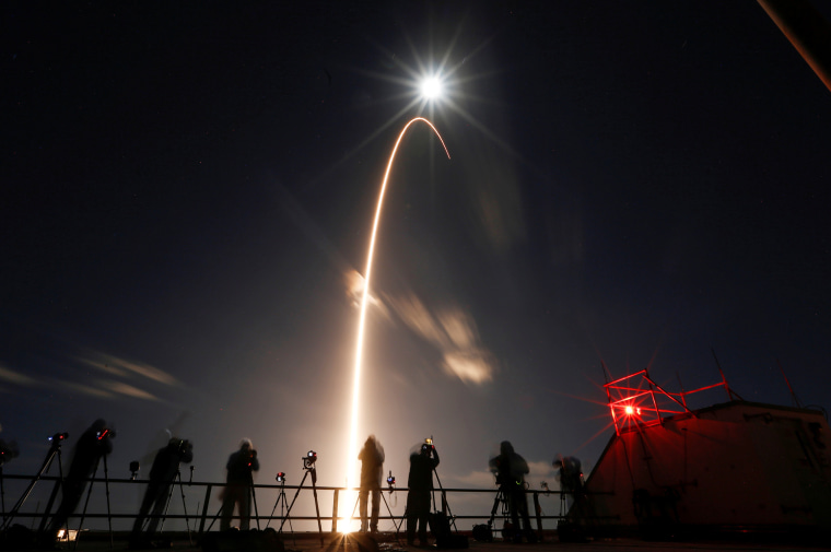 Image: The Solar Orbiter spacecraft, built for NASA and the European Space Agency, lifts off from pad 41 aboard a United Launch Alliance Atlas V rocket at the Cape Canaveral Air Force Station