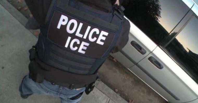 Image: An ICE officer