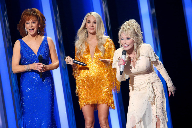 Image: Reba McEntire, Carrie Underwood, Dolly Parton, The 53rd Annual CMA Awards - Show