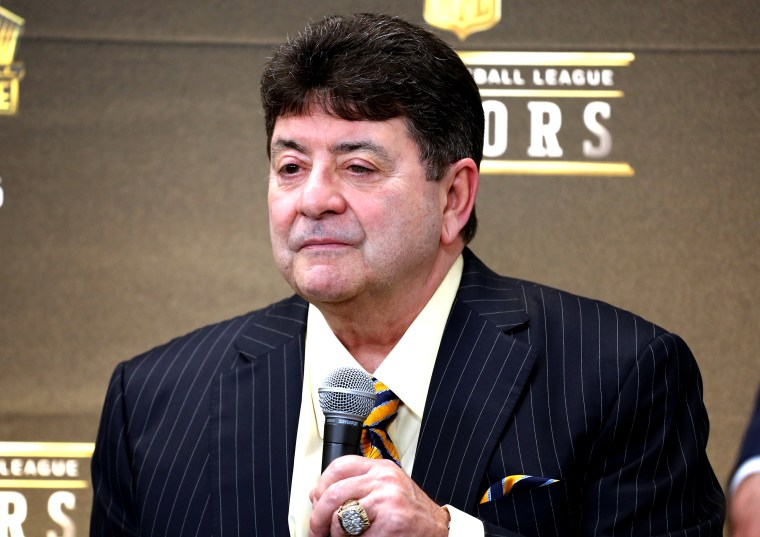 eddie debartolo jr 49ers trump owner former hall clemency grants house francisco san dempsey nfl 2020 cid honors speaks fame
