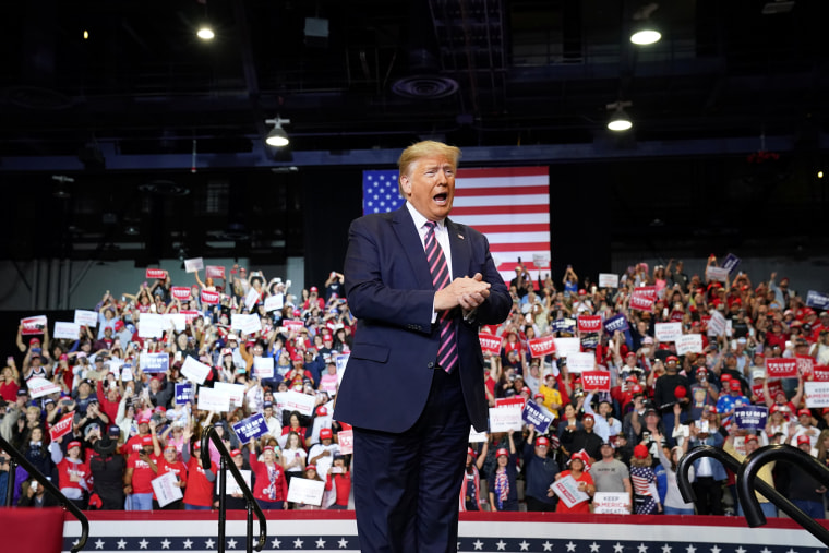 Image: U.S. President Trump holds a campaign rally in Las Vegas, Nevada