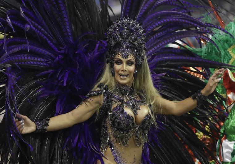 Brazilian transgender dancer shatters Carnival parade taboo