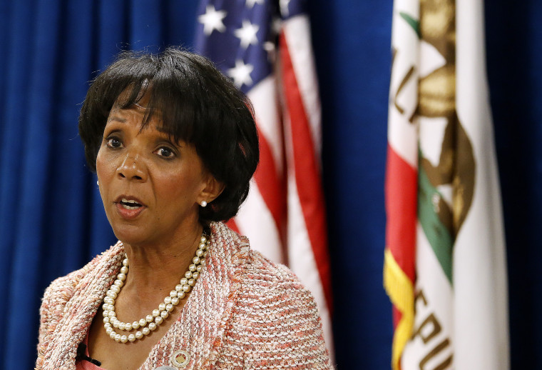 Image: Los Angeles County District Attorney Jackie Lacey at a press conference in 2015.