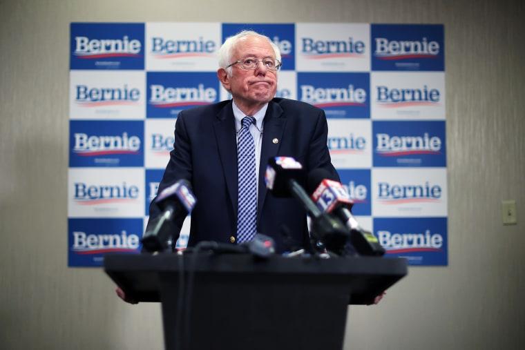 Image: Presidential Candidate Bernie Sanders Campaigns Across U.S. Ahead Of Super Tuesday