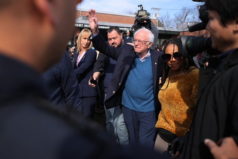 Image: Presidential Candidate Bernie Sanders Votes In Vermont Primary On Super Tuesday