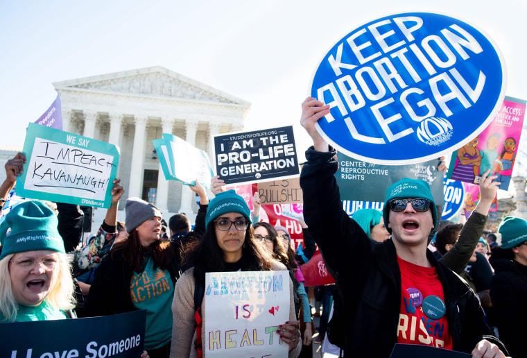 Image: US-HEALTH-ABORTION-POLITICS-COURT