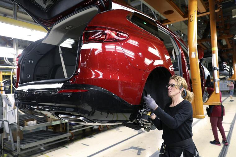 GM Lansing Assembly Plant Makes 3 Millionth Vehicle