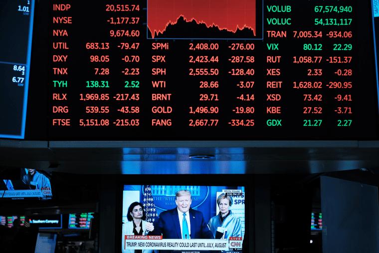 Image: Markets Continue Sharp Downward Slide, Despite Federal Reserve's Interest Rate Cut