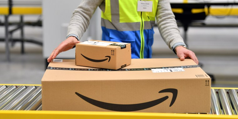 Opening of Amazon distribution centre in Erfurt