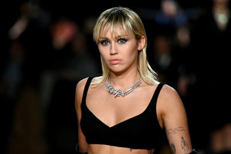 Miley Cyrus quit church because gay friends 'weren't being accepted'