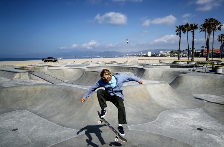 Photo The Scene In California